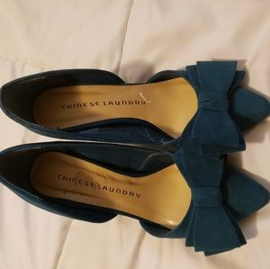 Chineese laundry bow heels